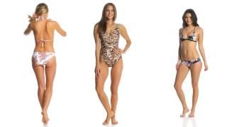 7 Girls in 300 Bikinis and Swimsuits (in 4k UHD)