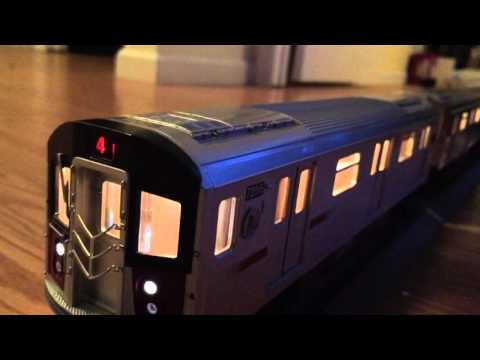 MTH Subway Special! Train Of Many IRT Cars running around the Christmas Tree