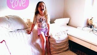 Шорты для девочки(Шорты для девочки. Сшить шорты для девочки можно с помощью заранее подготовленной выкройки. Здесь вы можете..., 2014-06-16T12:34:30.000Z)