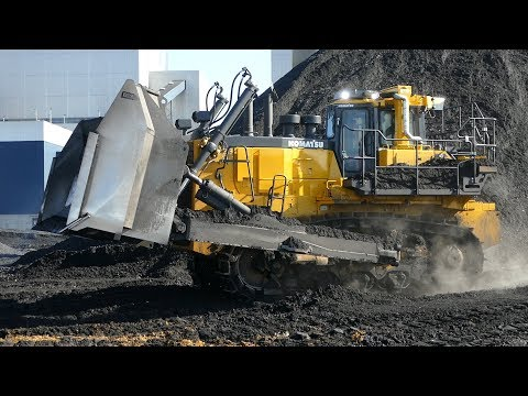 Komatsu D375A Bulldozer Working Hard At Danish Powerplant | Pushing Coal | Biggest Dozer In Denmark