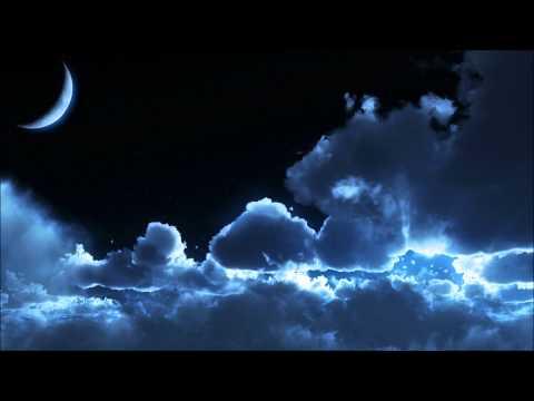 Walking On Clouds - Tiesto Feat. Kristy Hawkshaw