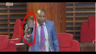 Kituko cha Mbunge aliyehama CHADEMA kuvua kiatu Bungeni