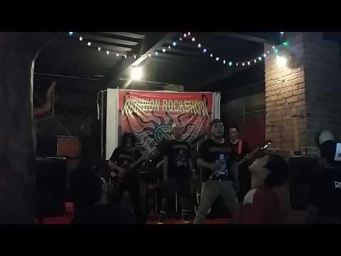 Cerita usang jamrud cover by Lumpur rock