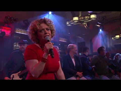 Het Feyenoordlied van Brigitte Kaandorp - RTL LATE NIGHT