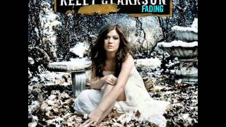 Watch Kelly Clarkson Fading video