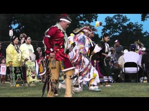Intertribal Dance (1) BEST Pawnee 2012