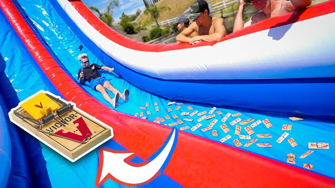 WATERSLIDE VS MOUSE TRAPS!!! Video
