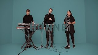 HONNE - SOMEONE THAT LOVES YOU | A COLORS SHOW