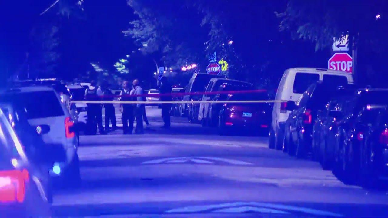 Chicago officer shot on West Side; suspect in custody