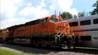 Amtrak makes unscheduled stop at Agency, Iowa and gets passed by BNSF coal train