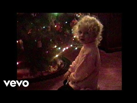 Chris Davis - Taylor Swift's NEW Christmas song Featuring Earlier Home Movies