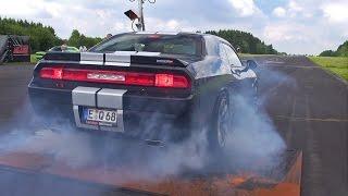 Dodge Challenger SRT8 392 BURNOUT & DRAG RACING!