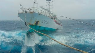 Ship in Storm | Towing A Fishing Vessel Through Massive Waves! (Ran Out Of Fuel)