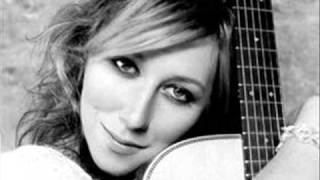 Watch Martha Wainwright When The Day Is Short video