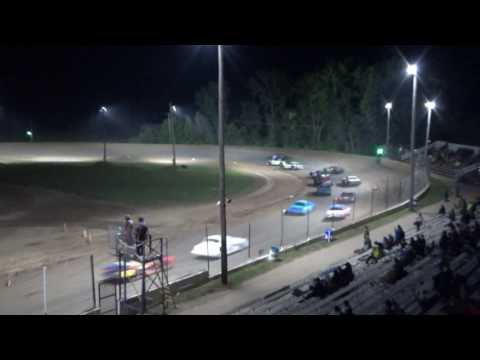 Street Stock Feature at Crystal Motor Speedway, Michigan on 07-01-2017