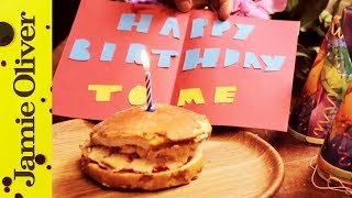 Jamie Oliver Makes His Own Birthday Cake! | Yes It's Funny