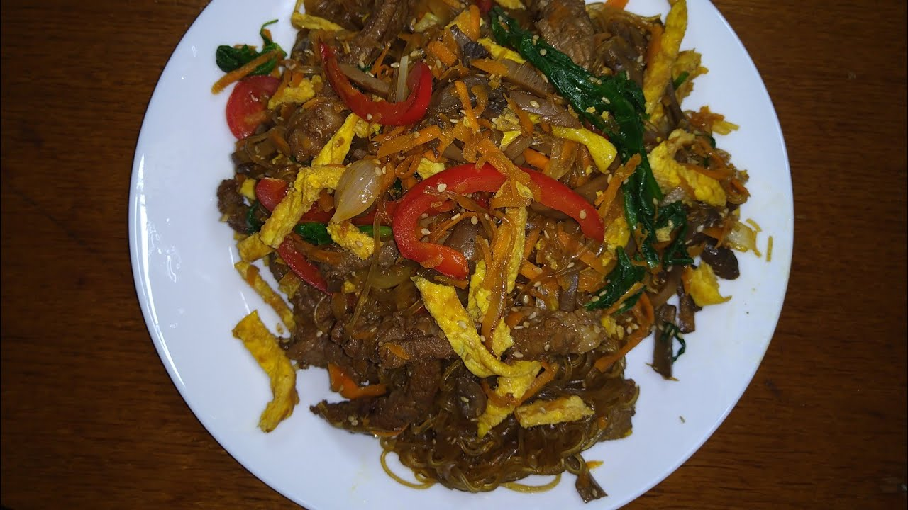 Japchae (Glass noodles stir-fry with vegetables, or can be called poteto noodles)
