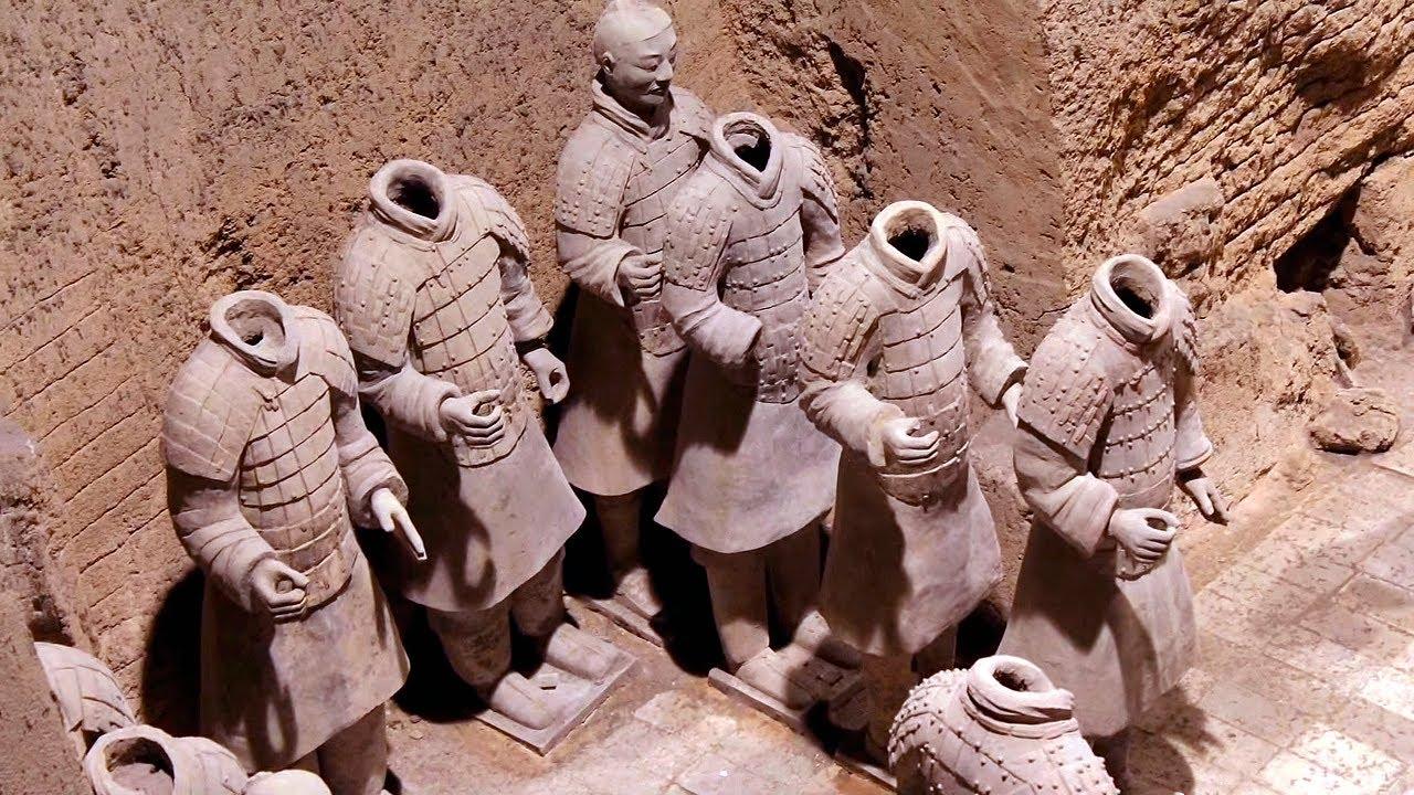 Guerreros De Terracota De Xi An China Mausoleo De Qin Shi Huang 漆陶兵馬俑 Youtube