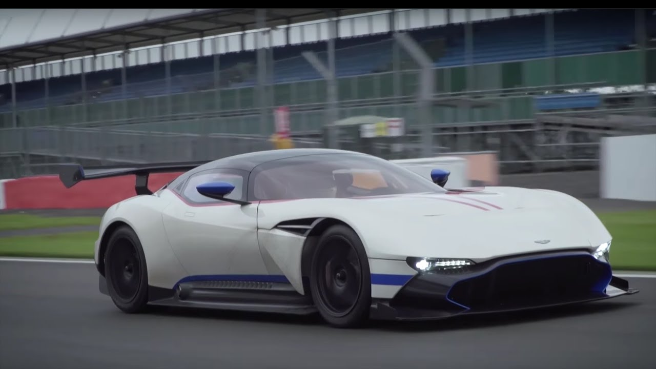 Aston Martin Vulcan driven l Flat out in the incredible £1.8m, 820bhp hypercar at Silverstone