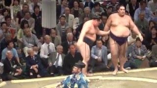 20160508大相撲夏場所初日 鶴竜 vs 魁聖.