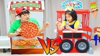 Boram vs Konan play with Pizza Stor Toy and Ice Cream Truck