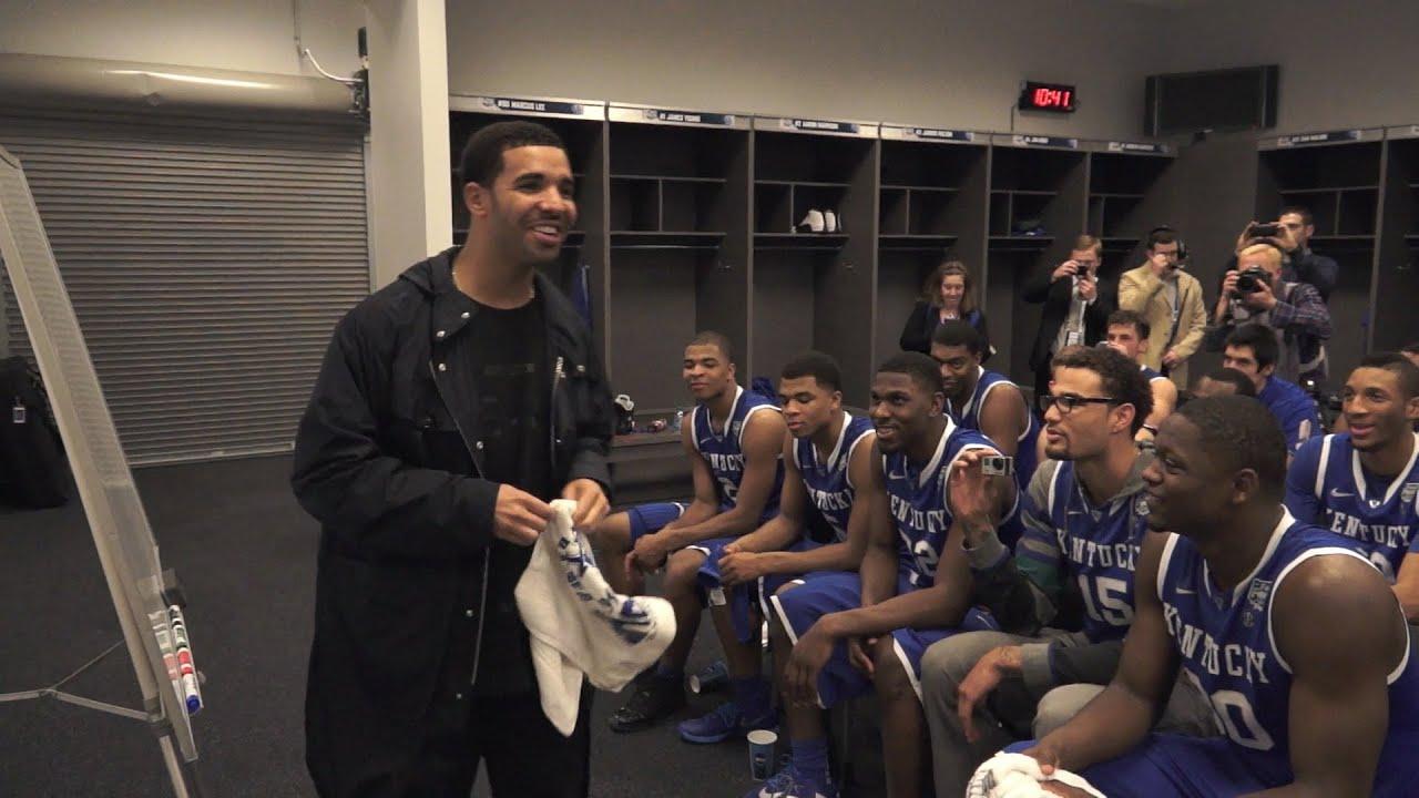 Kentucky Wildcats Tv Coach Cal Post Wisconsin Locker Room