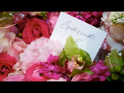 4-tips-for-picking-a-bridesmaid-bouquet-|-wedding-flowers