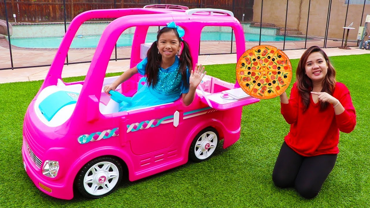 Wendy Pretend Play Food Delivery w Pink Barbie Food Truck Car Toy