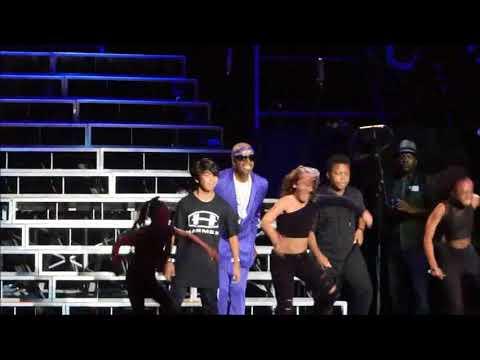 MC Hammer - 2 Legit 2 Quit (Staples Center, Los Angeles CA 9/8/17)