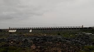 Tungabhadra  river Hospet Dam opening of gates at Munirabad  2019