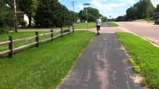 Min Pin Pulling Skateboard
