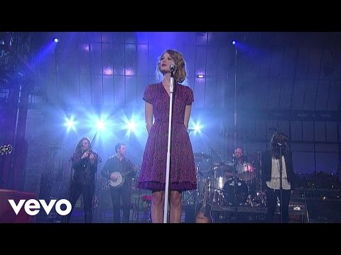Taylor Swift - Love Story (Live On Letterman)