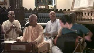 Bhajan - Lokanath Swami - Jago Mohana Pyare Tore Savare