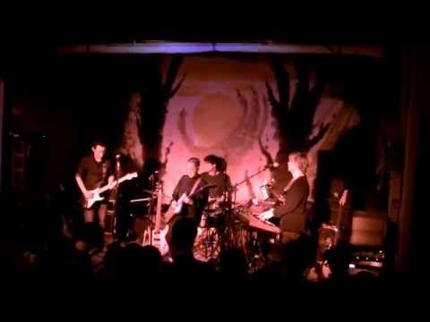 Lower dens to die in l a ondine live floristree baltimore 4 1 2015