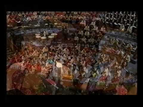 Vaughan Williams Five Mystical Songs p 2  Thomas Allen at Last Night of the Proms 2004