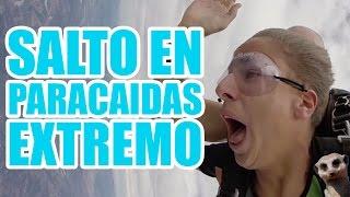 SALTO EN PARACAIDAS EXTREMO / Juanpa Zurita
