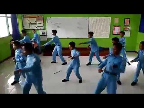 Temon Holic  POKEMON(Pokok'e Move On)RESEF(Revolution Seven F) SMP Negeri 1 Sleman