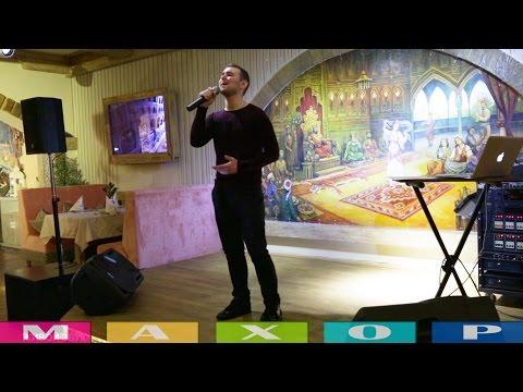 Видео: Профессиональные музыканты поют в ресторанах