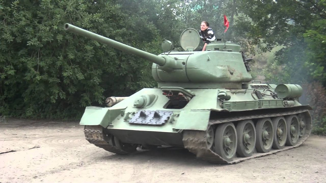 Panzer T34 Heidenau Bindig 2011 - YouTube