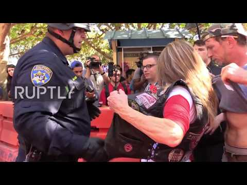 USA: Hundreds protest Milo Yiannopoulos Berkeley event