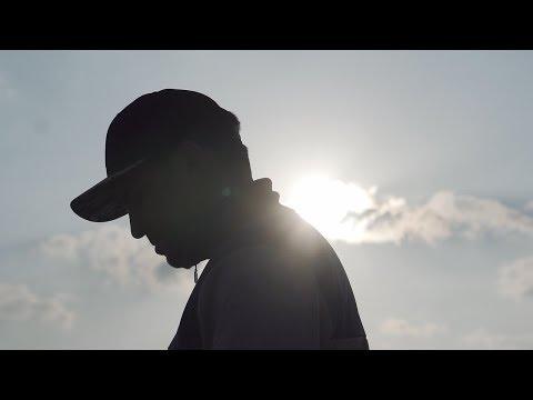 Youtube: MEDHI BENATIA By SAKNES X LARAGE & DAMIANI [Clip Officiel]