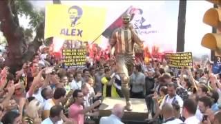 Alex Heykeli Alex gozyaslari