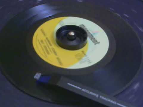 45 rpm Ray Stevens  Sunday Mornin Comin Down  1969