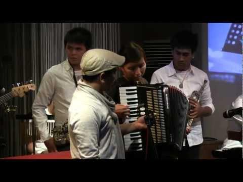 Tompi - Selalu Denganmu @ Mostly Jazz 26/10/12 [HD]