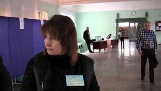 У Донецьку зафіксували вкидання бюлетенів