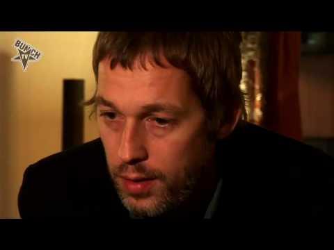 OASIS exklusiv Interview bei Bunch.TV mit Gem Archer und Andy Bell