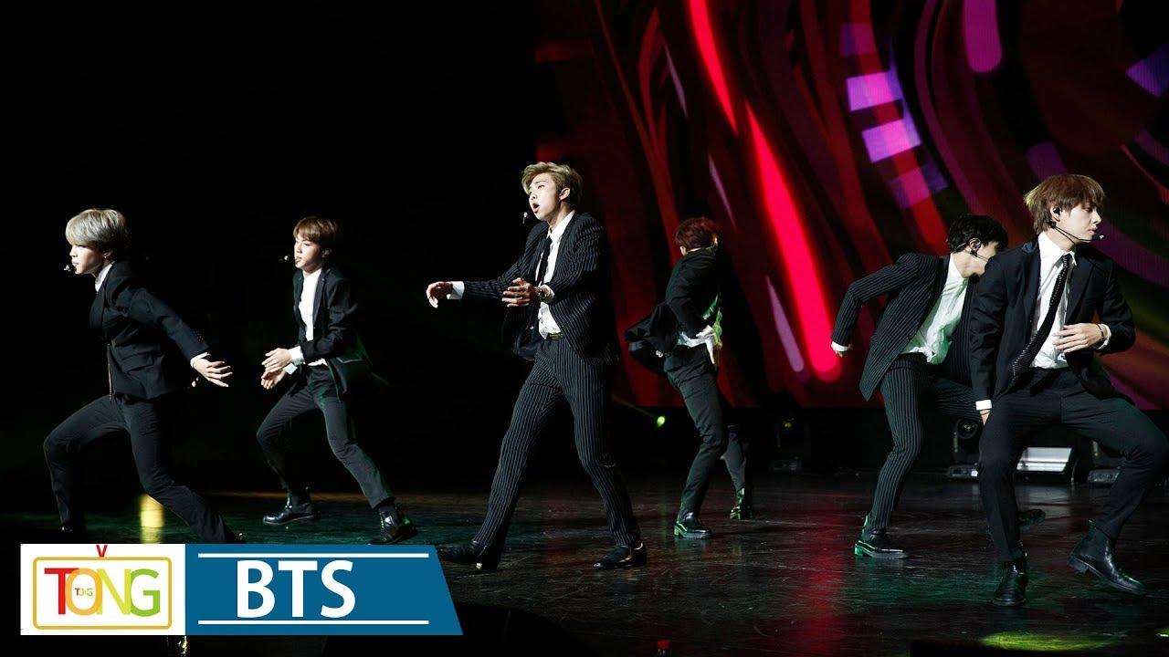 Download BTS 'DNA' & 'IDOL' Korea-France Friendship Concert Stage (방탄소년단, 한불 우정콘서트 '한국 음악의 울림', 문재인)
