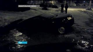 В Уфе машина ушла под воду прямо на парковке(Официальный сайт ГТРК