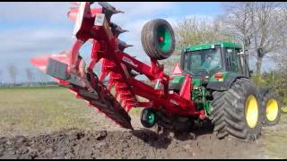 Ovlac ECO boven over ploeg Koeckhoven Agricultural Machinery Trekkerweb