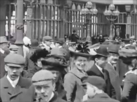Lifestyle and fashion of the 1900's - Beautiful footage